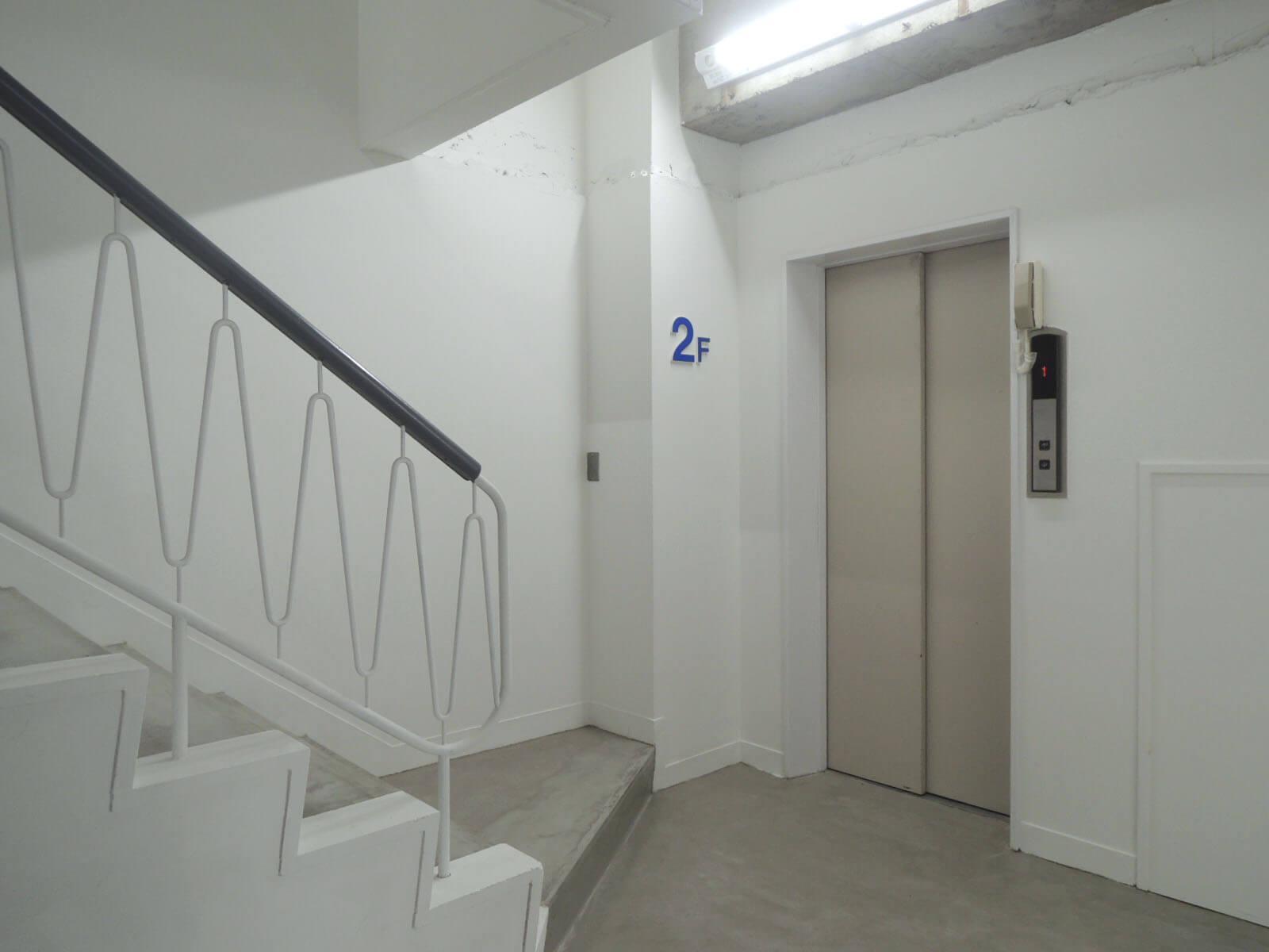 2階から先はエレベーターが使えます。