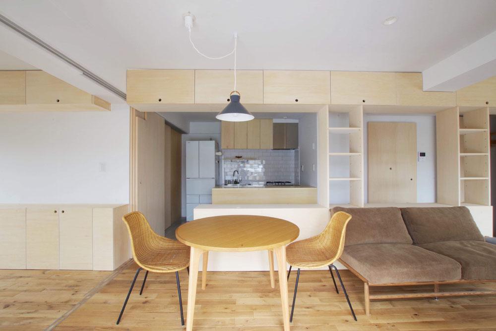 キッチンとLDは、腰高のカウンターでうまくゾーン分けされています
