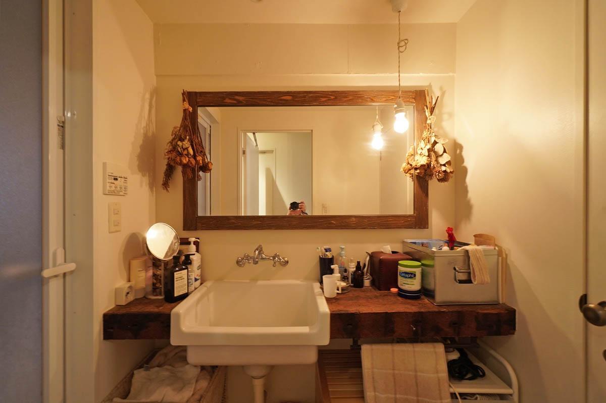 雰囲気のある洗面スペース
