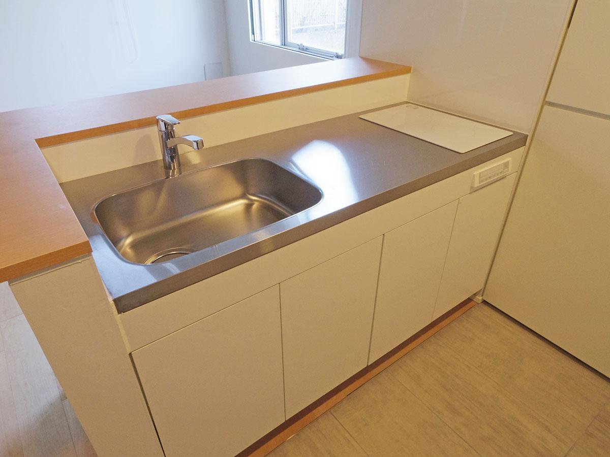 205号室キッチン