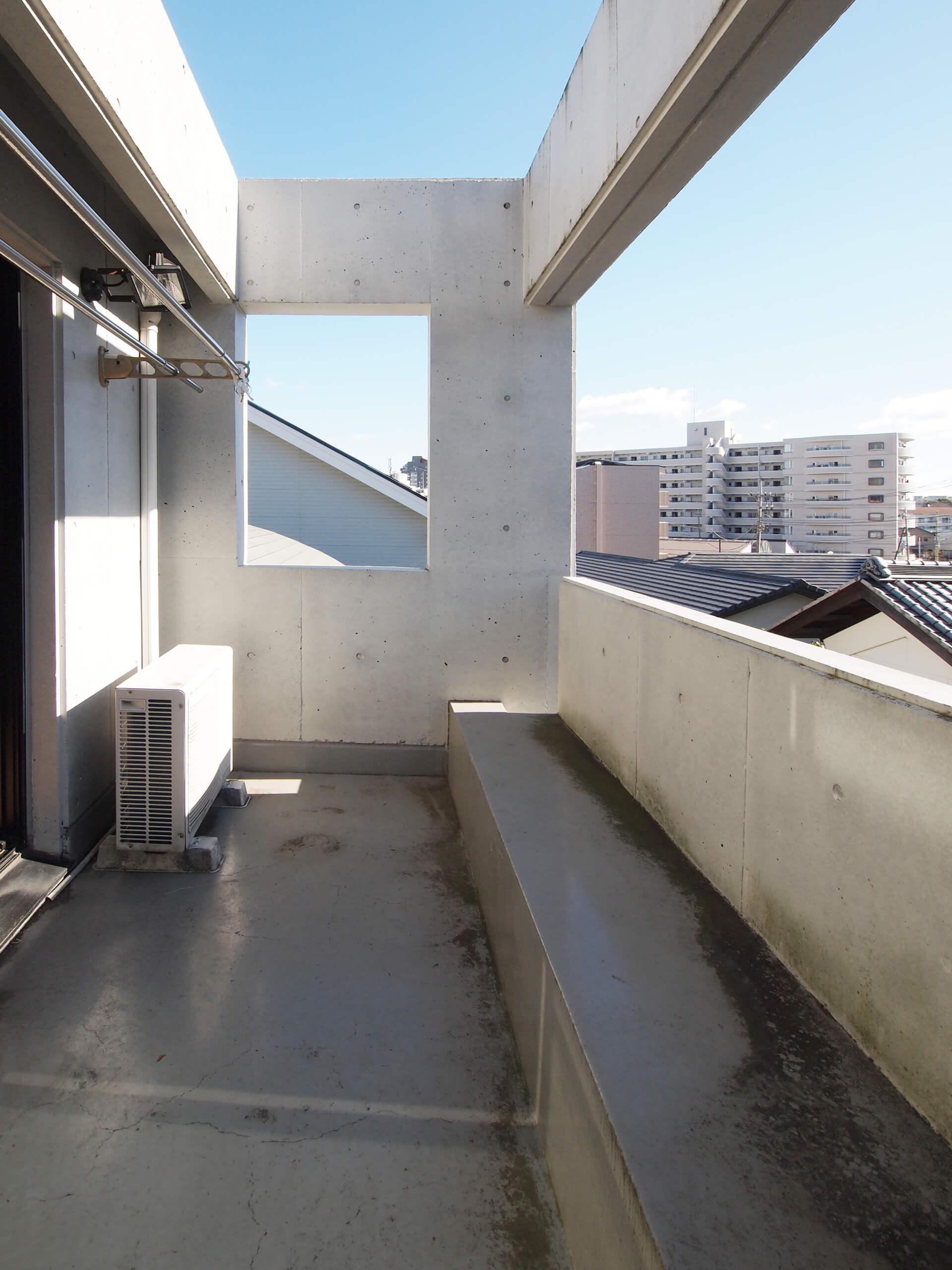 【南側】2階バルコニー
