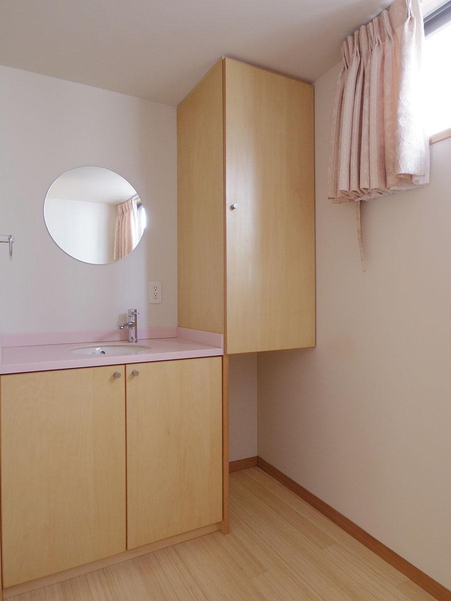 洗面台も1、2階に1カ所ずつ