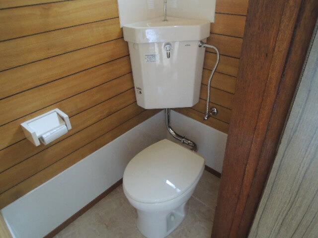 トイレは1階に。