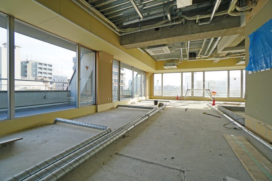 8階。床は、これから合板を設置します。