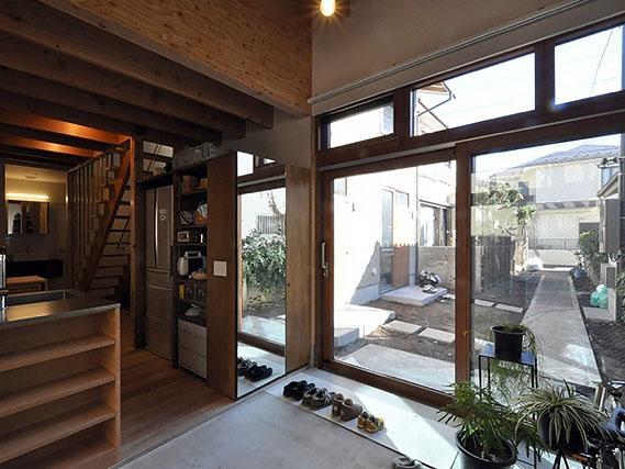 オーナー区画の土間スペース:事前に相談すれば、料金はかかりますがこのスペースを使用することも可能