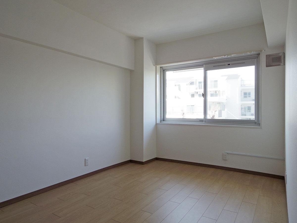 8畳の洋室