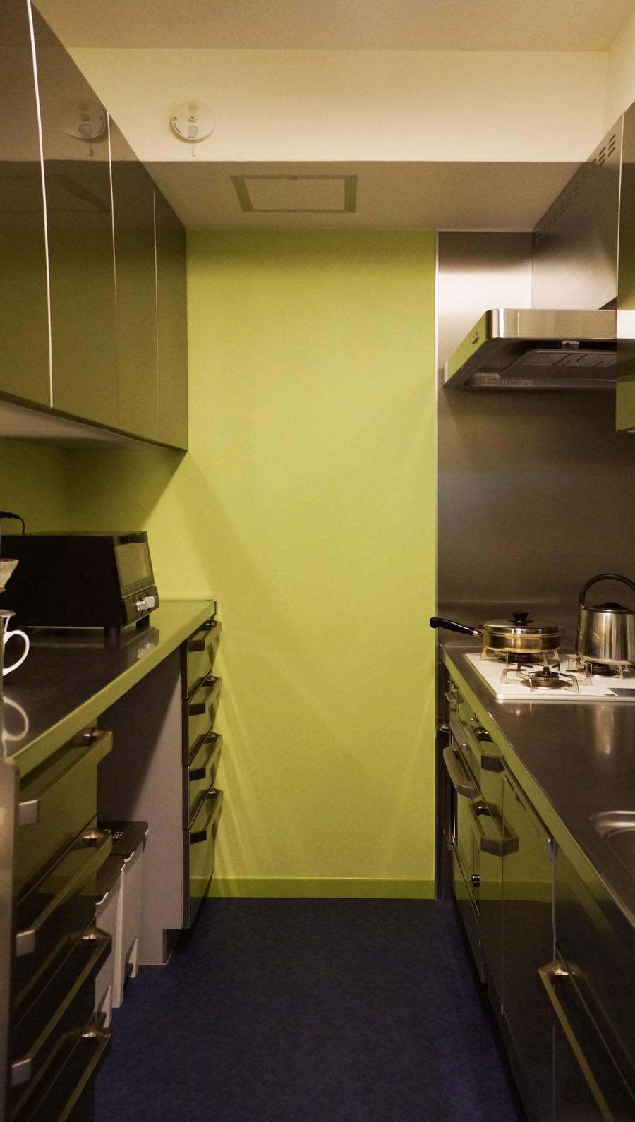 シンプルなデザインで使い勝手良いキッチン