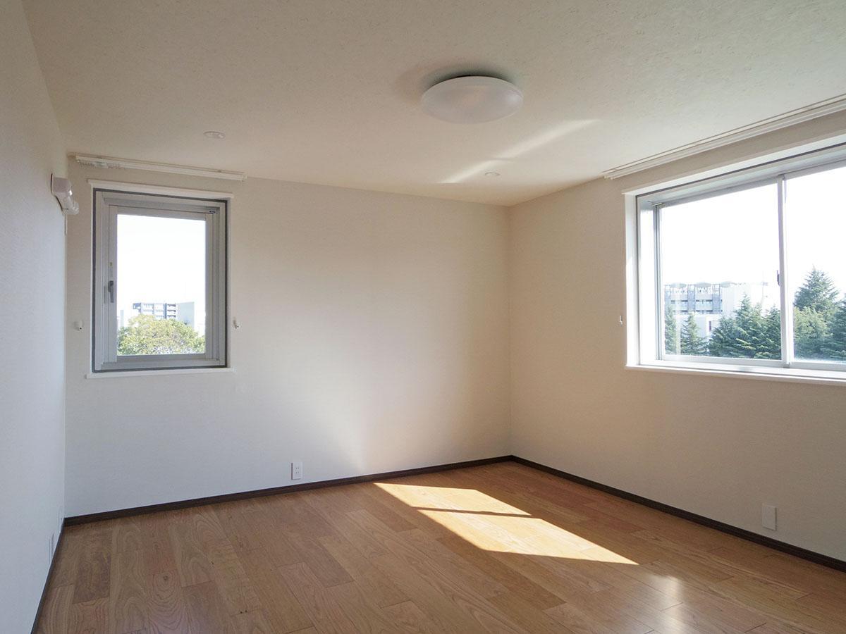 8.9畳の洋室。ここがベッドルームになりそう