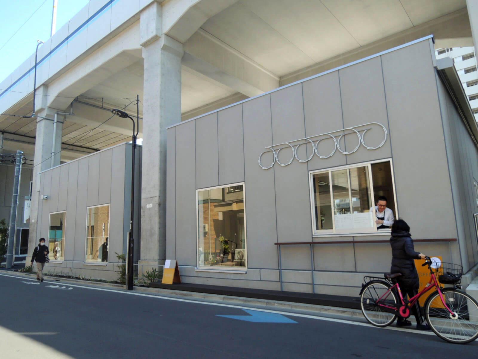 A棟の並びにはカフェもオープン。常連になってしまいそう。