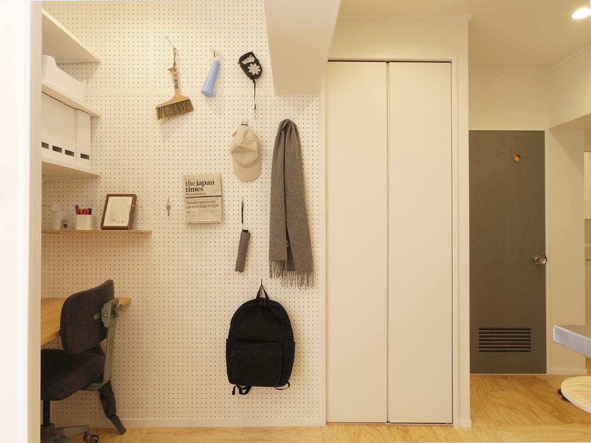 有効ボードの右側を戸を開けると洗濯機置き場