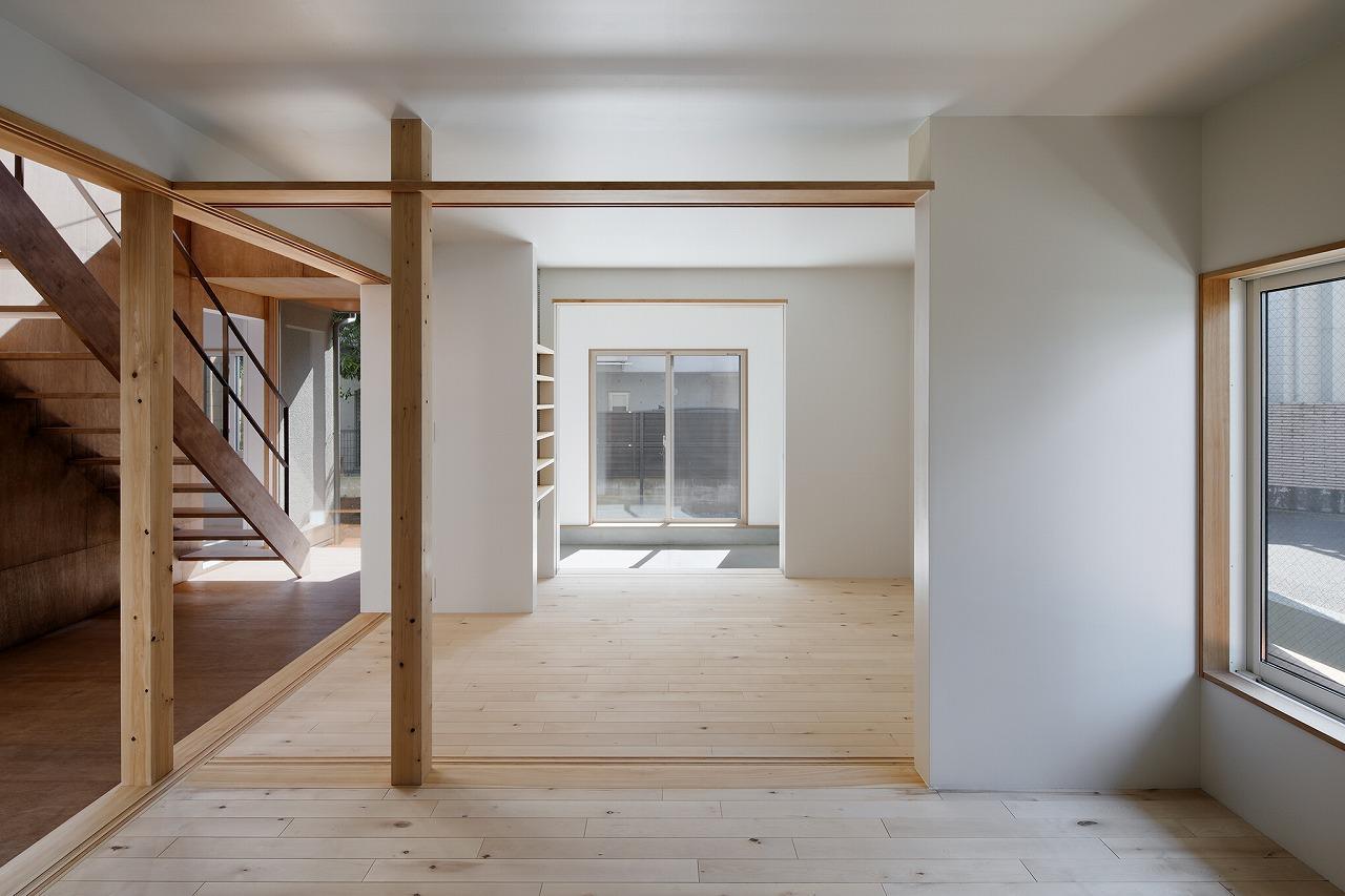 1階は将来的にはさらに間仕切りをして部屋を分けることも可能 photo:石田 篤(IPS)
