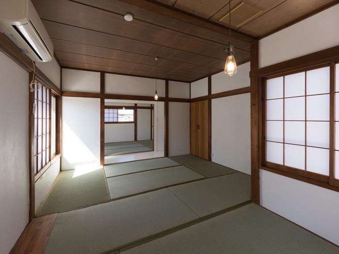 2階はほっこりくつろげそうな和室が二つ
