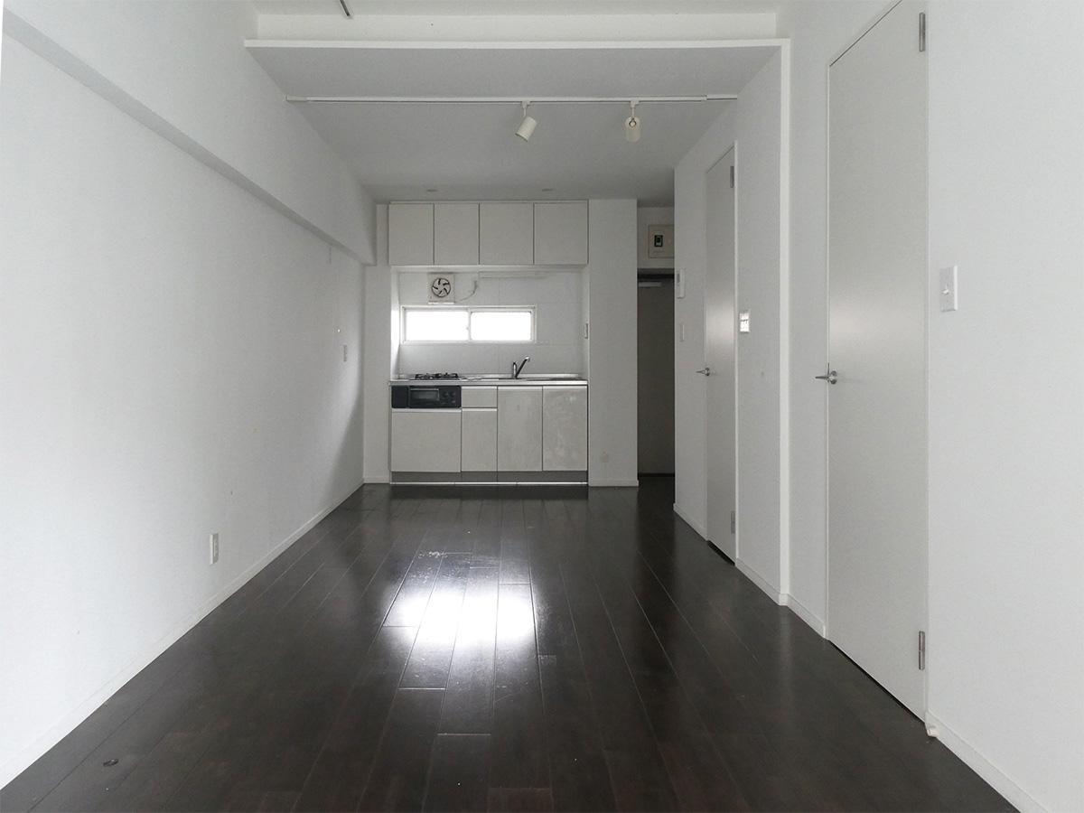 キッチンは玄関側にある