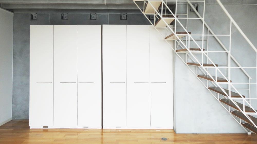 収納は可動式になっているので、間仕切りとして使っても良い(7階)