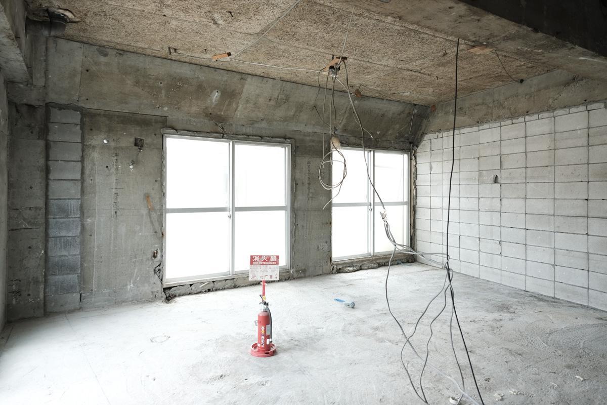 302号室:南側向きのアングルで撮影