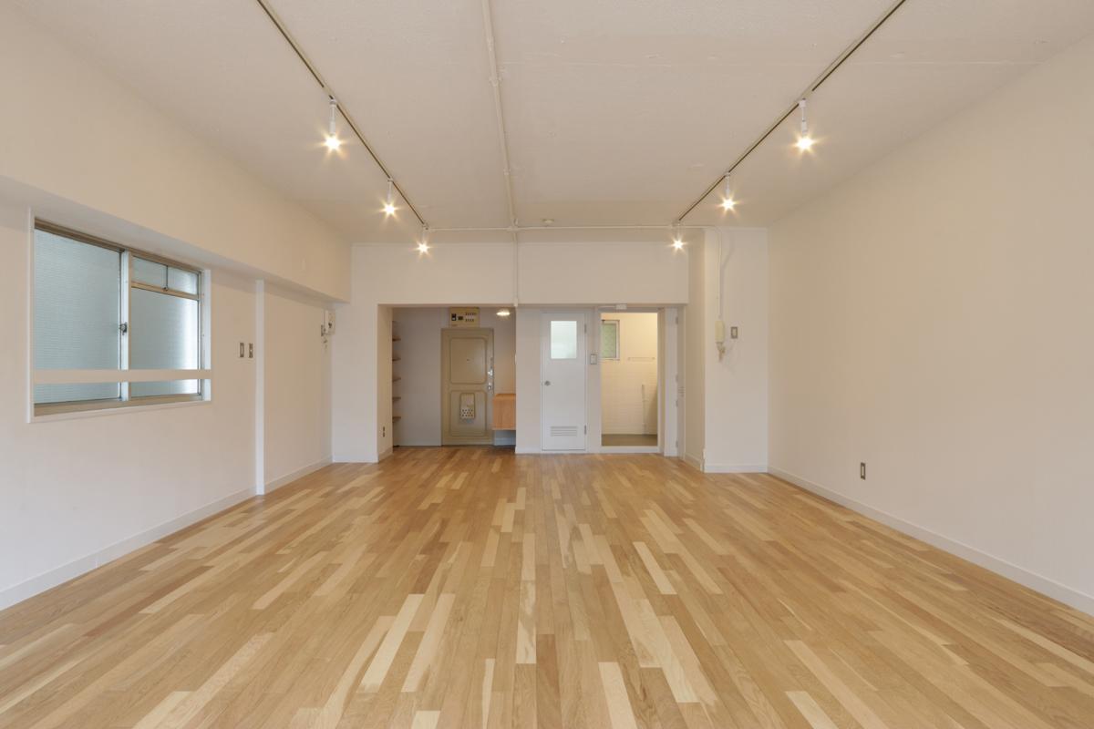 (405号室)ライティングレールも設置されすぐに仕事を始められます