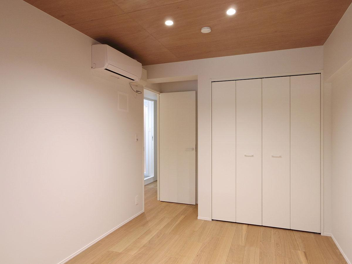 約5.3畳の洋室