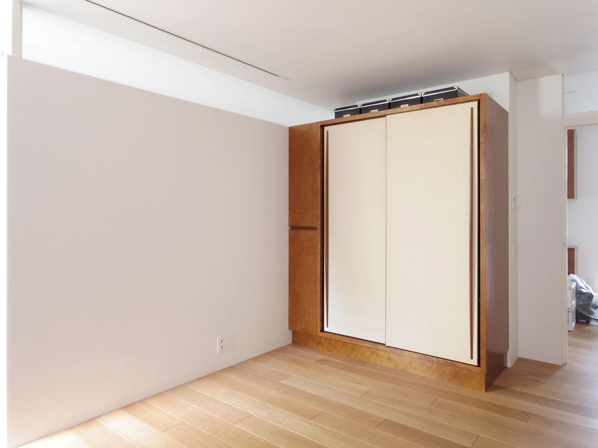収納一つとっても既製のものではなく、この空間に合うようにつくられている