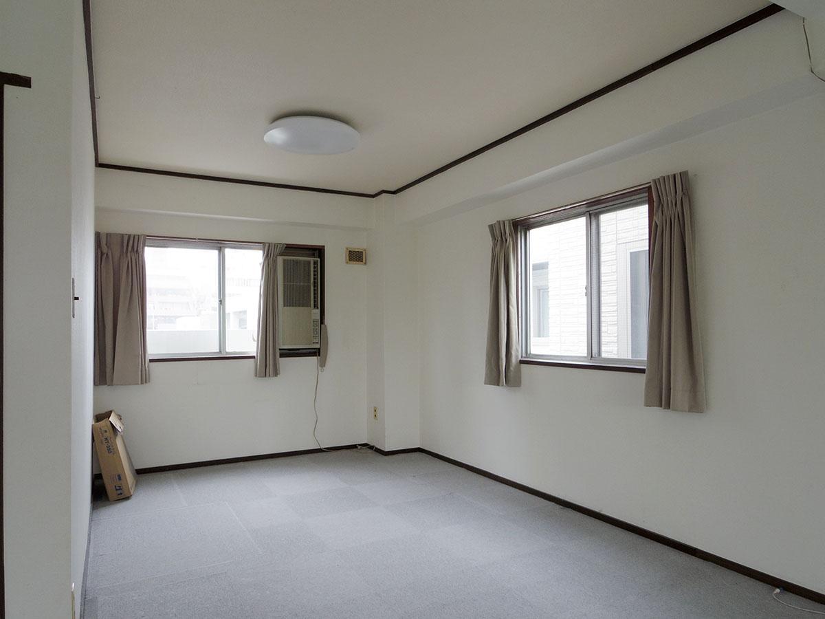 住居利用であればここにベッドを配置するのが良さそう