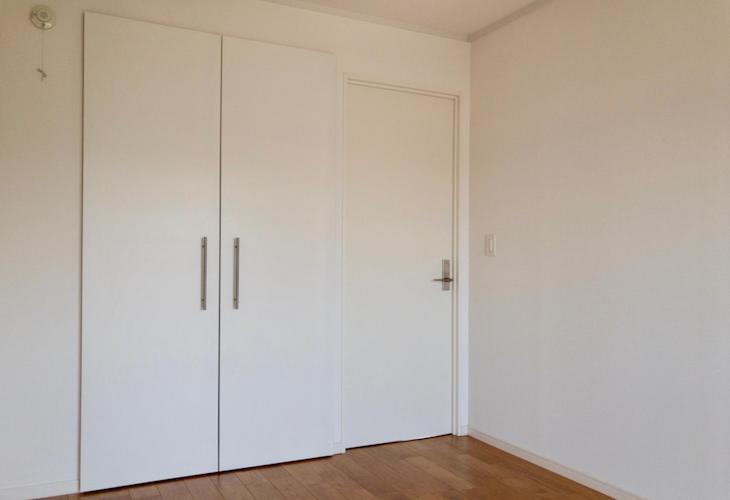 洋室(6畳)はシンプル