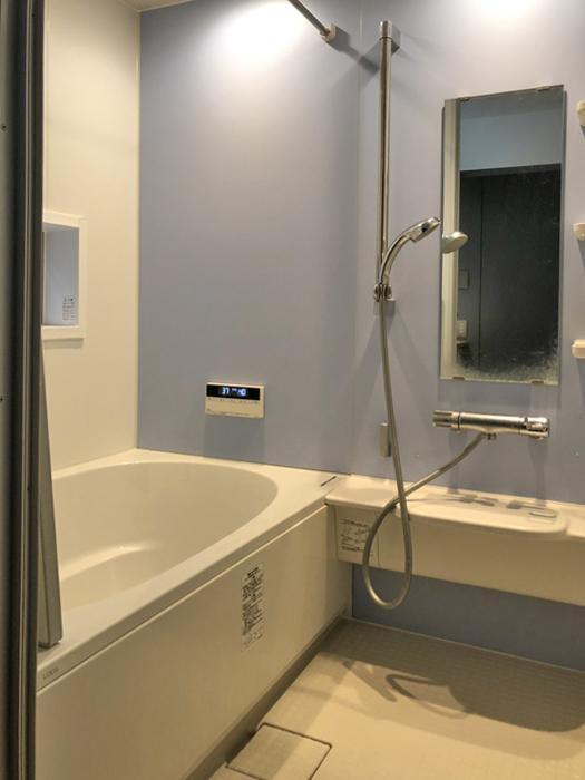 浴室。追いだき機能と浴室乾燥暖房機付き