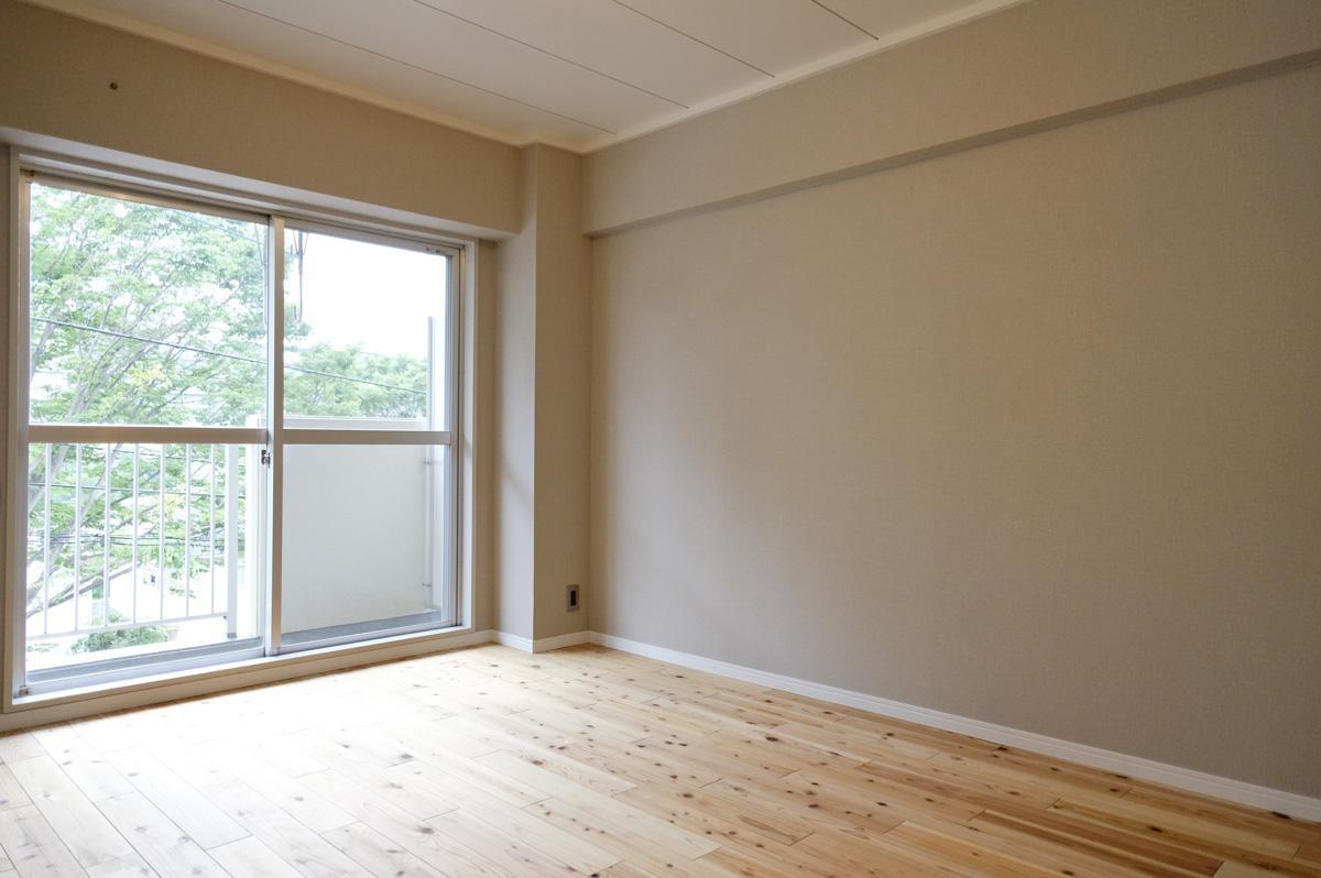 北側の洋室1