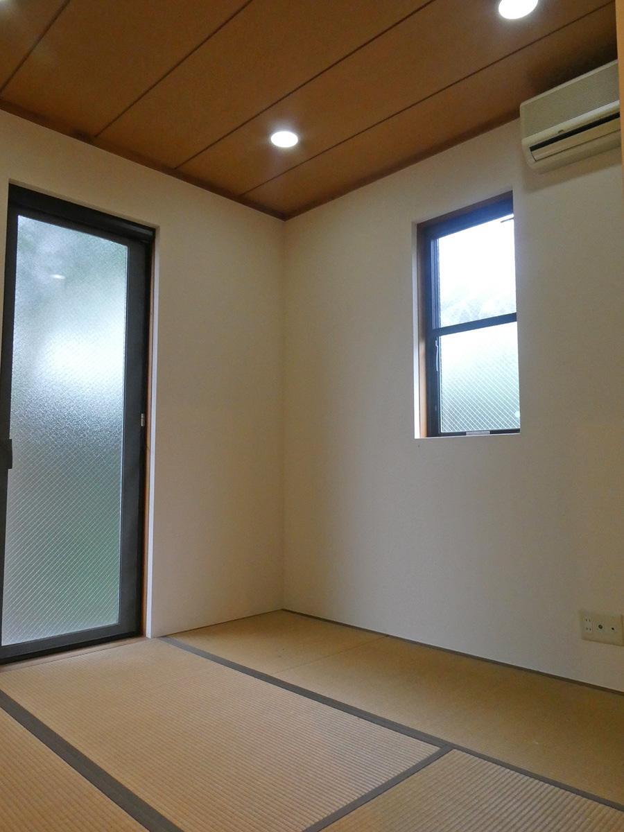 1階の4畳半の和室