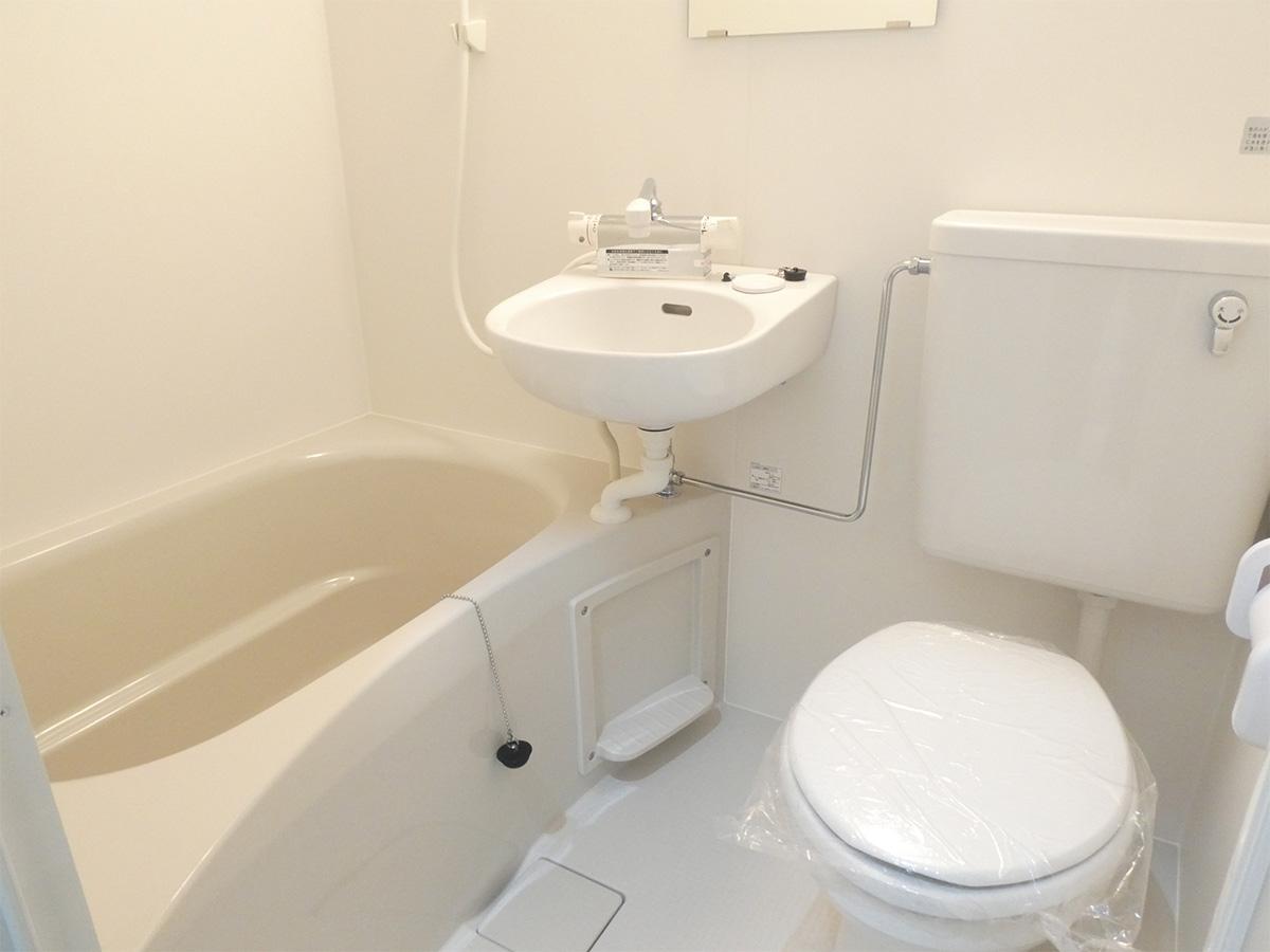 風呂・トイレ・洗面台の3点ユニットバス