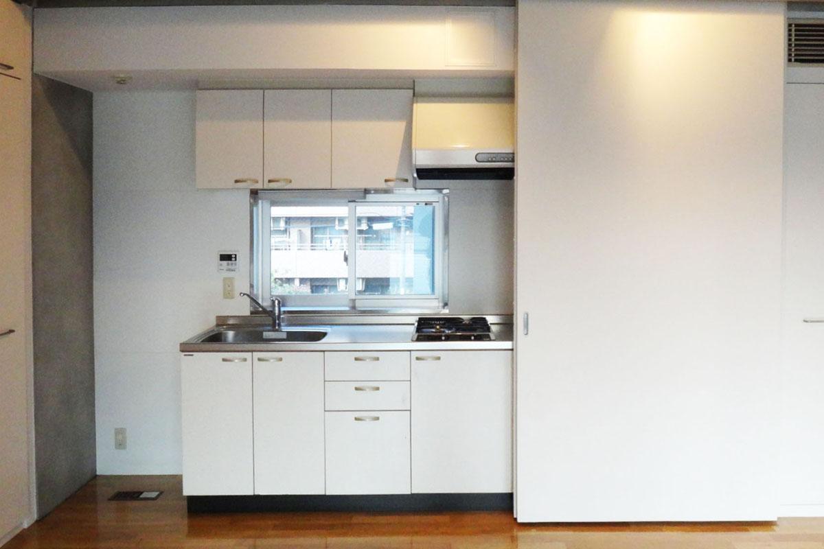 キッチンは扉で隠すことも可能