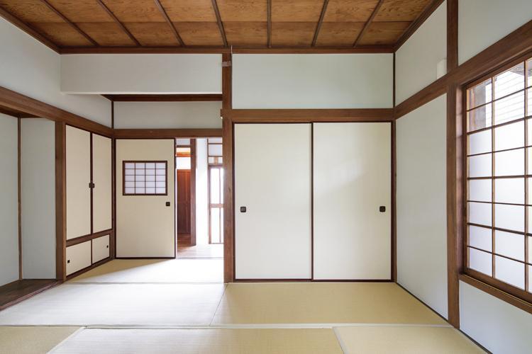 あえてそのままにした和室もいい ©Akira Nakamura