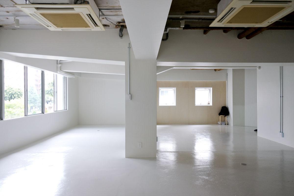 武骨に整えるオフィス (渋谷区広尾の物件) - 東京R不動産