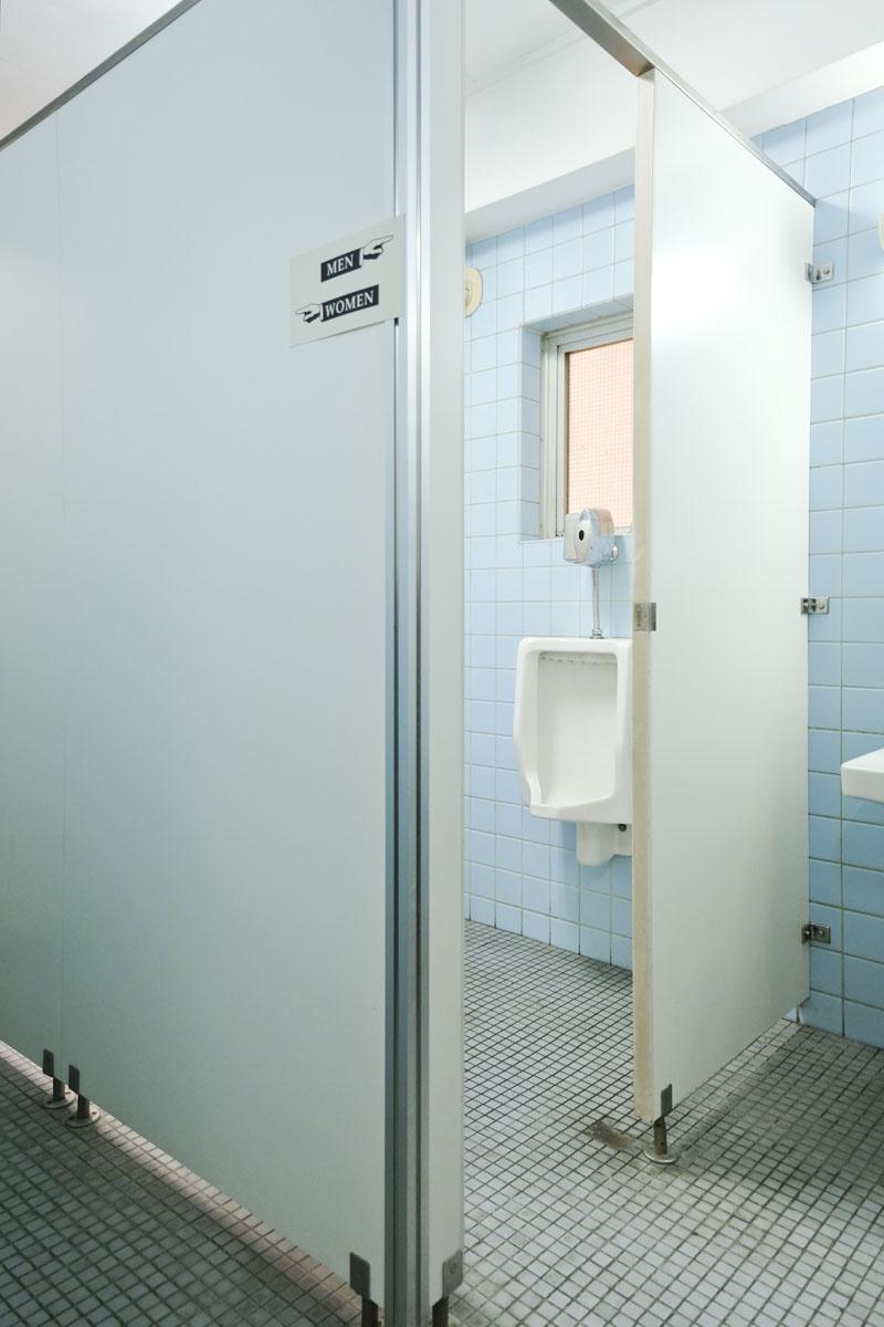 共用トイレ(中で男性用と女性用で分かれています)