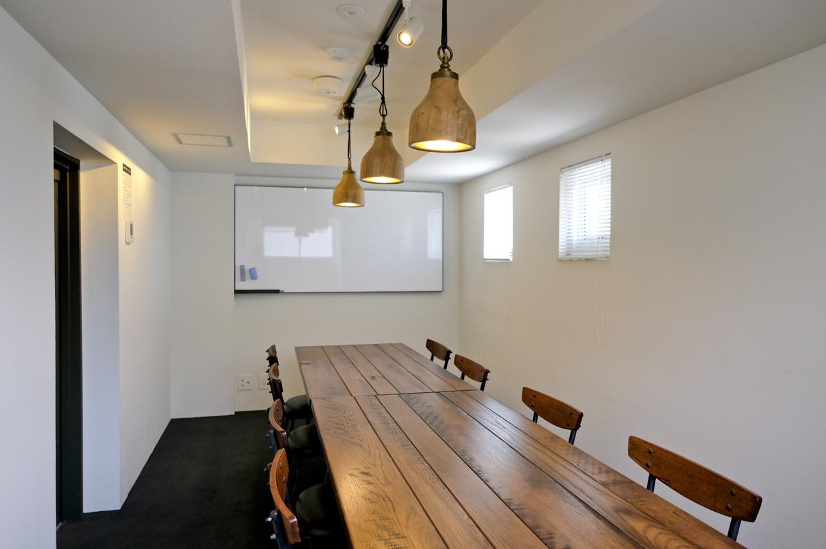 6階のミーティングスペース(有料)