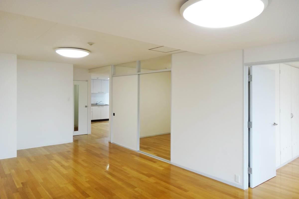 各部屋がリビングを中心に配置されています
