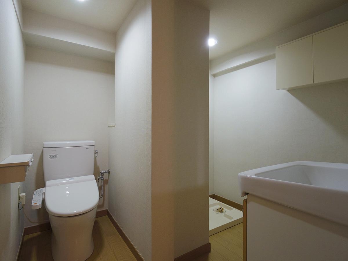 トイレ、洗面、洗濯機置き場は同じ空間