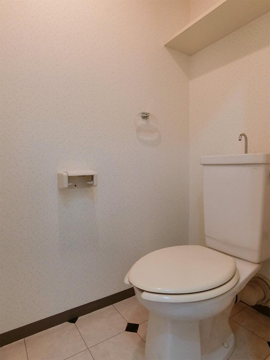 トイレ(ウォシュレット機能なし)