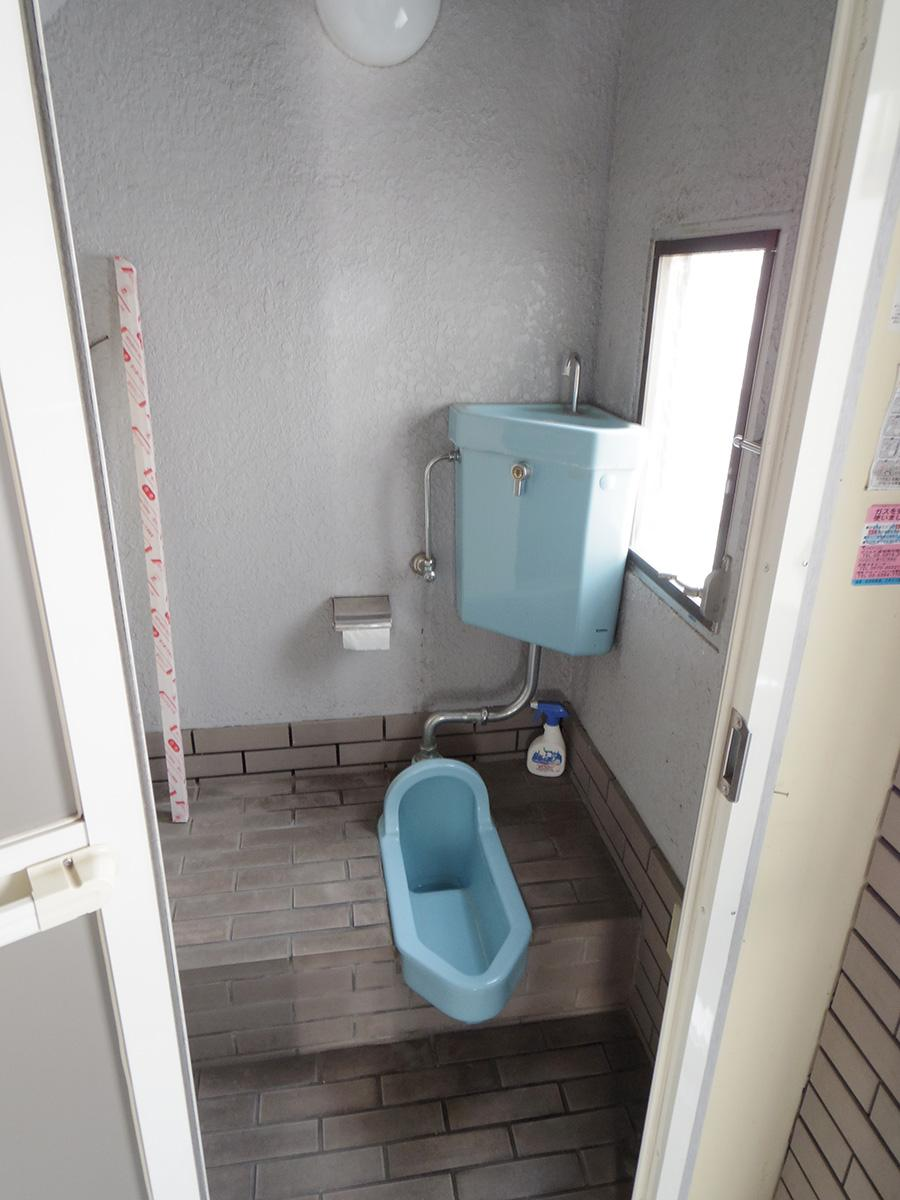 トイレは和式なのでご注意を