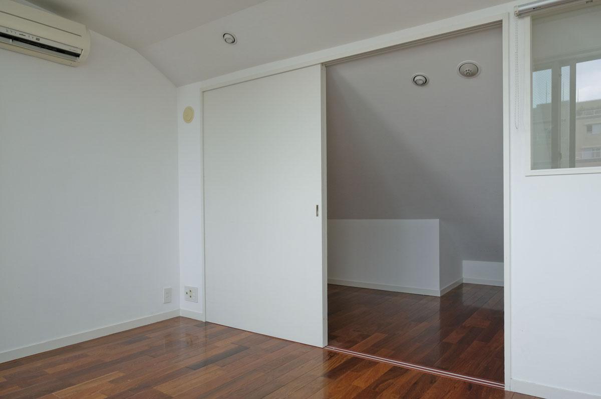 4階:奥の部分は、床面積に含んでいません