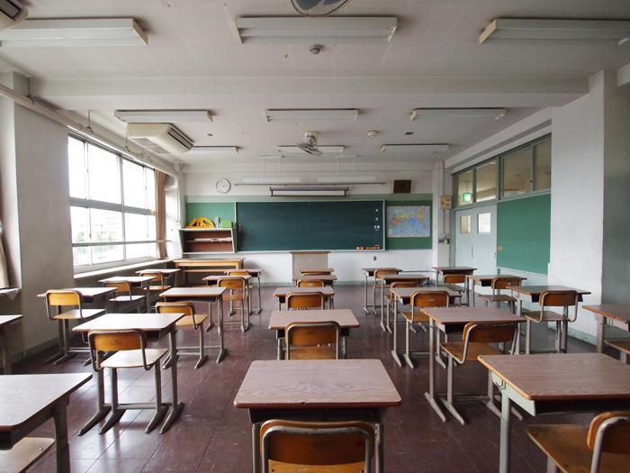 当時の面影をそのまま残した教室。ここは時間貸しのスペースになっている。