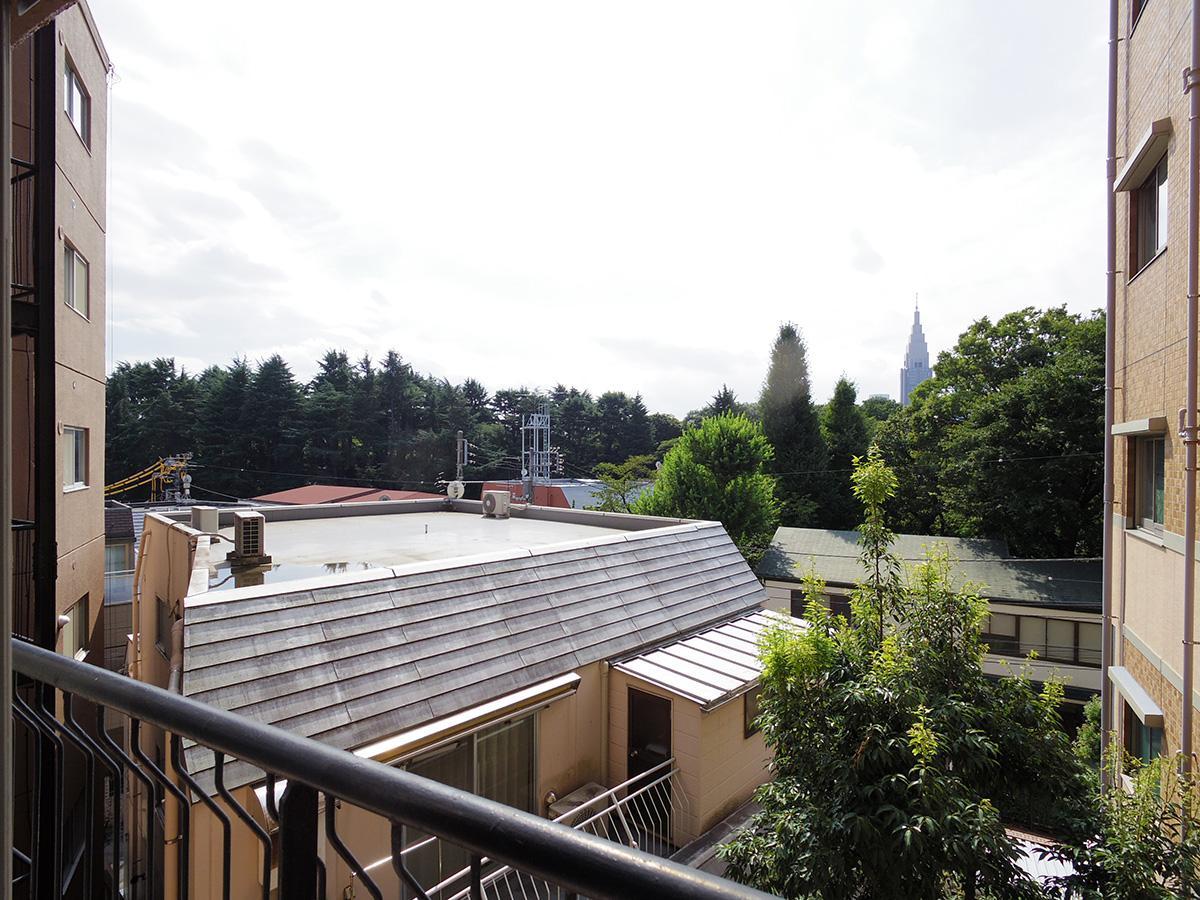 リビングからの眺望(写真は4階からの眺望のため1階分低くなります)