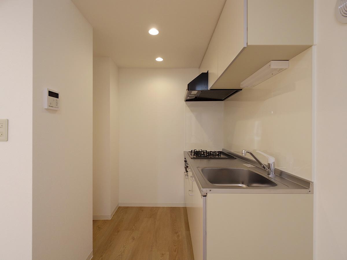 ガスコンロのシステムキッチン(写真は4階のもの)