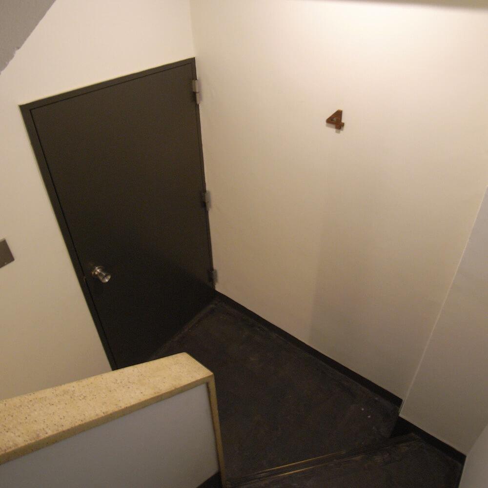 階段も改修済み