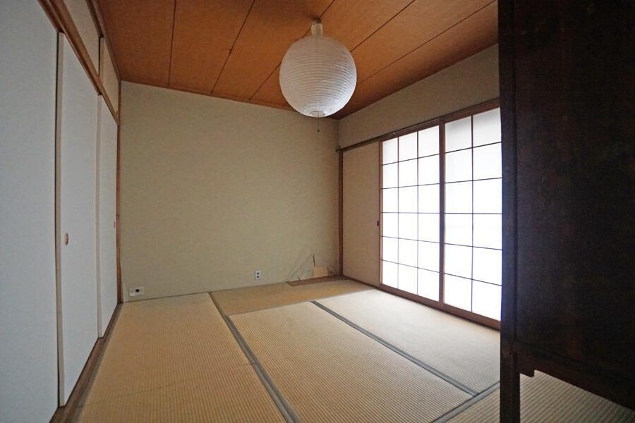 和室は畳の表替え、壁の手入れ程度で良さそうです