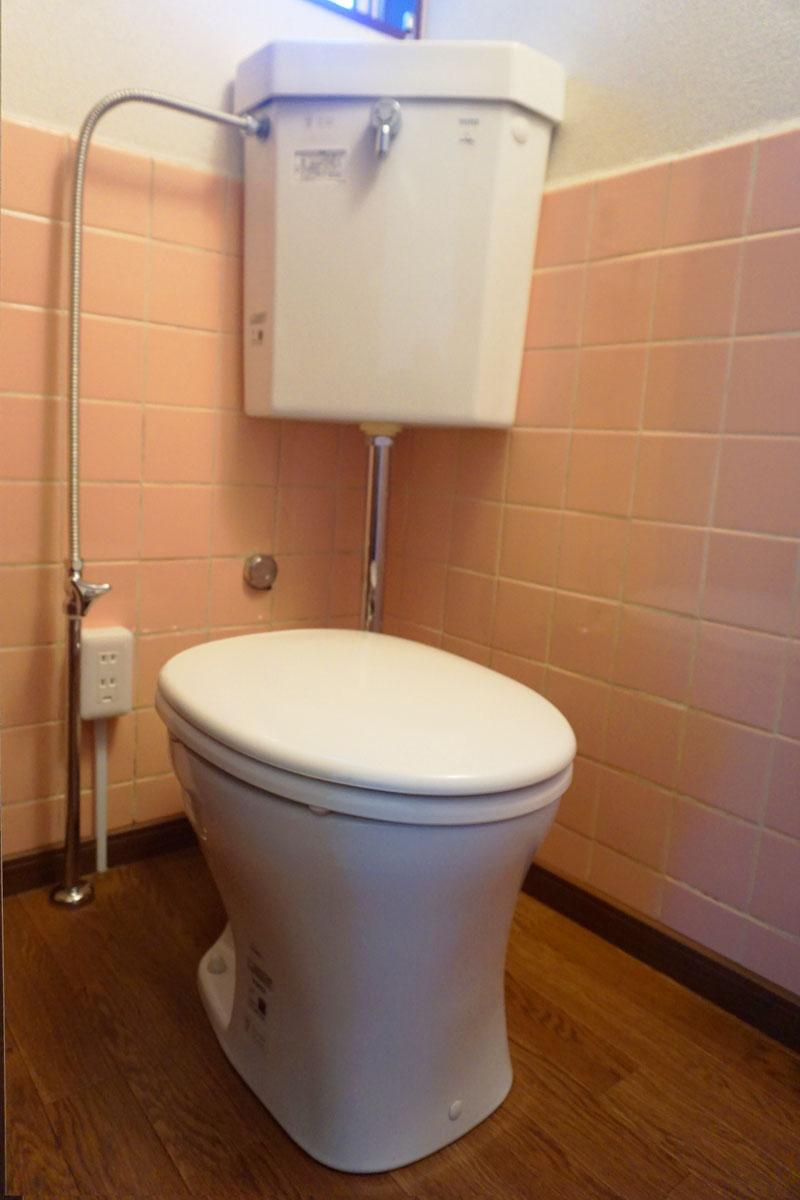 トイレは少し古いかも