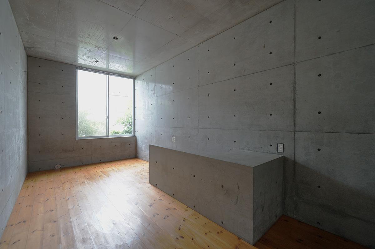 美術館のような、シンプルな箱