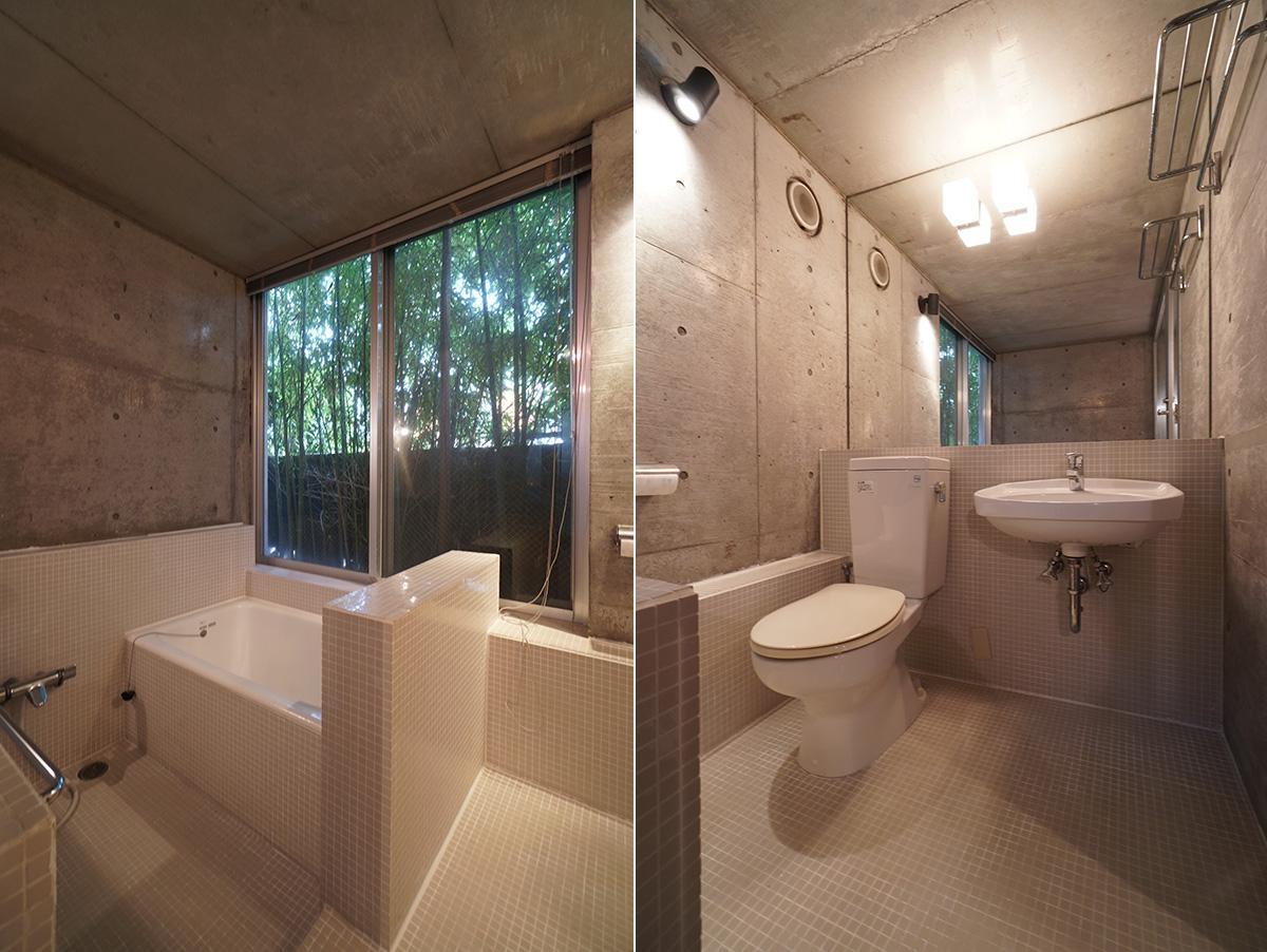 まるで半露天風呂のようなぜいたくなつくりのバスルーム
