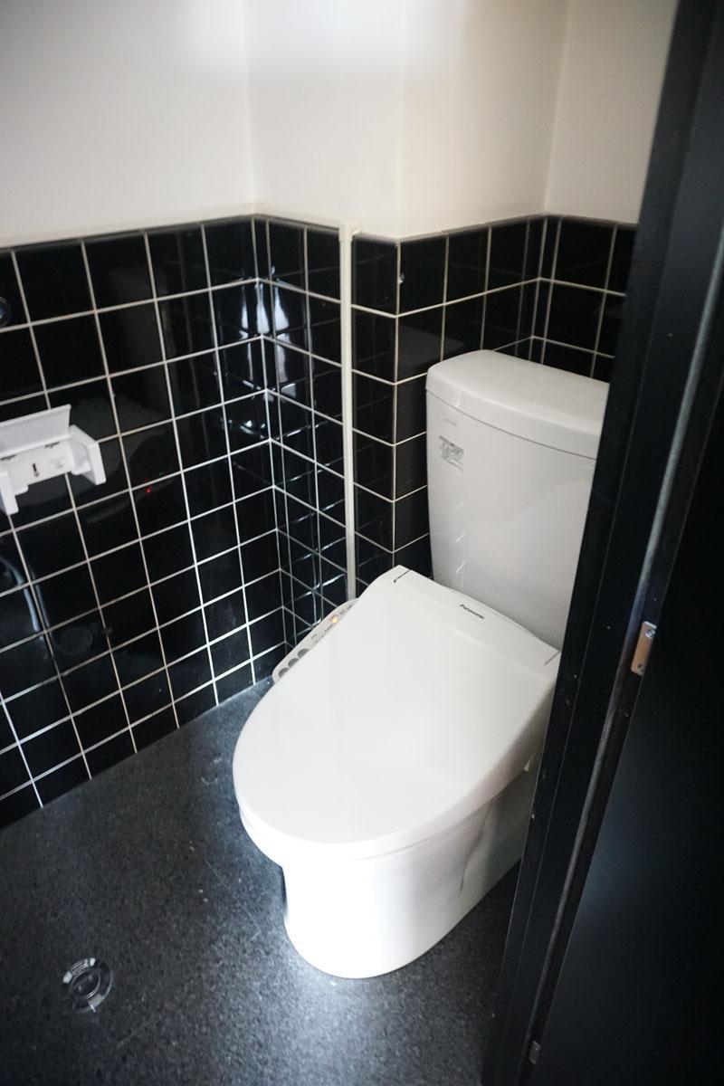 3階トイレ:男女別になっているのはうれしい!2階も同様