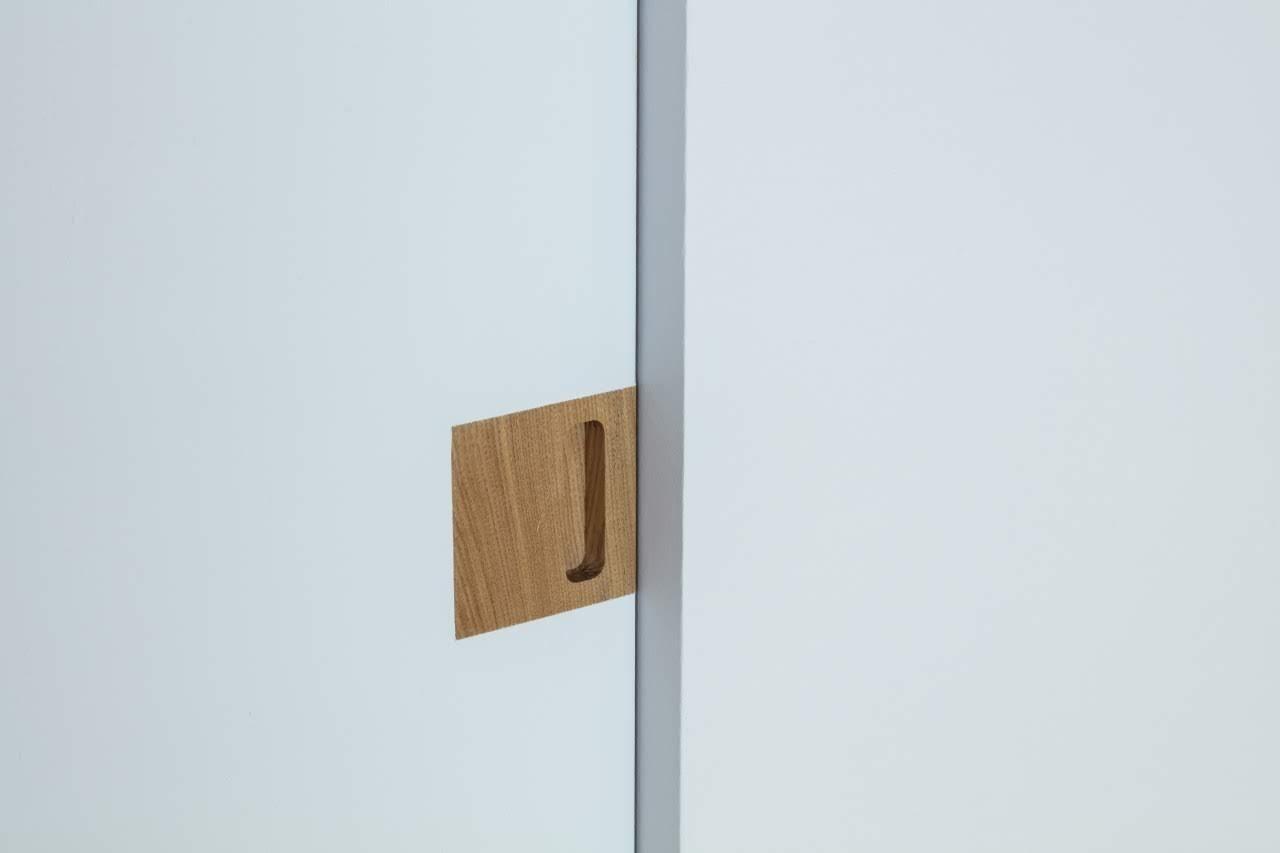 木製建具や木製パーツをオリジナルで造作している建築家によるリノベーションなので、細部までこだわり抜かれています