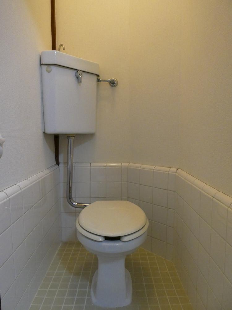 トイレはレトロ感がある
