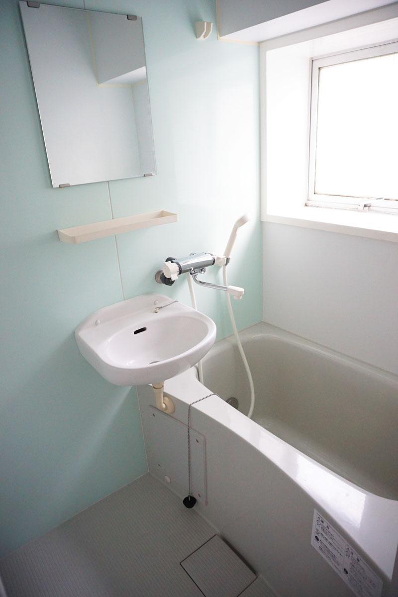 お風呂に窓があるのはうれしい